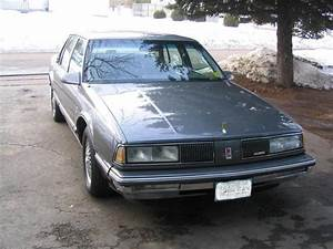Vdubgt 1988 Oldsmobile Delta 88 Specs  Photos  Modification Info At Cardomain