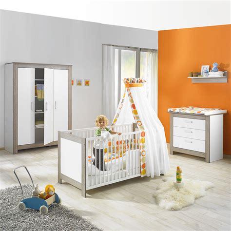 chambre complete de bébé chambre bébé complète trio marlène cérusé blanc de geuther