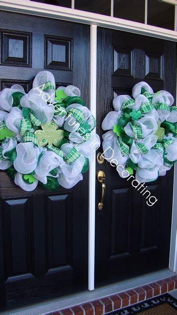 143 best deco mesh wreath images on pinterest