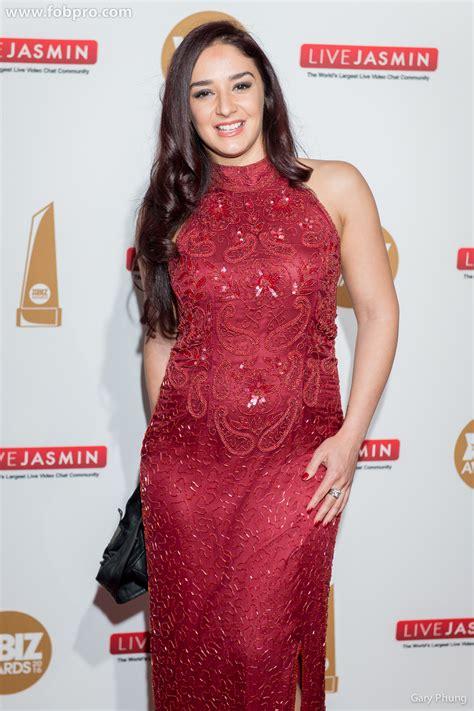 Sheena Ryder - XBIZ Awards - FOB Productions