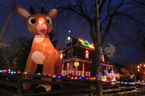 dazzling christmas lights displays in the gta the star