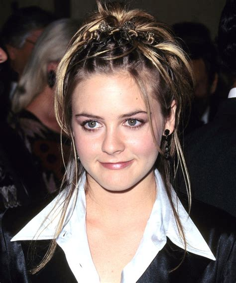 Hairstyles From The 90s by 90s Hairstyles That We D To See Make A Comeback