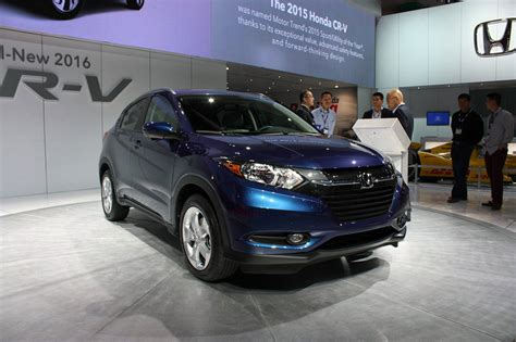 Hyundai Tucson Hd Picture by Hyundai Tucson Photos Pictures Pics Wallpapers Top