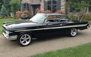 1961 Chevy Impala Ss galleryhip com - The Hippest Galleries!
