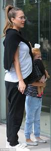 Pregnant Jessica Alba has family day with husband Cash ...