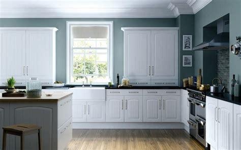 blue green kitchen cabinets biała kuchnia z drewnianym blatem czarujący minimalizm 4815