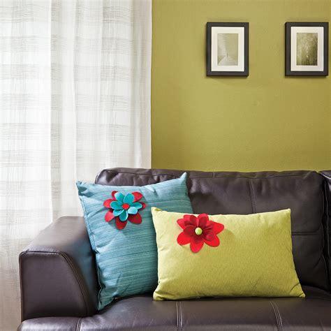 coussin de decoration pour canape fabriquer des coussins pour le salon en é