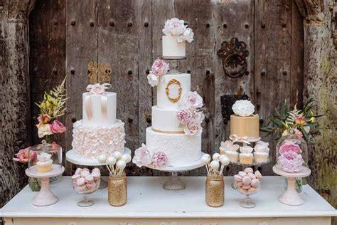 romantic glamour wedding flowers shoot  birtsmorton
