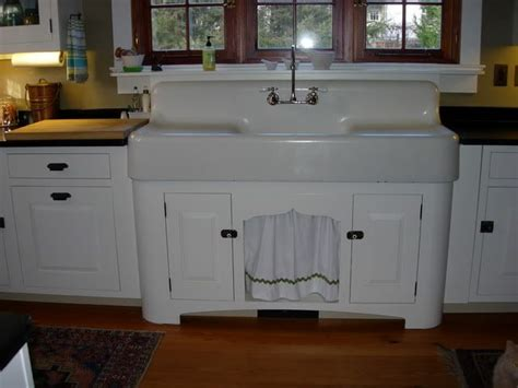 Love These Old Sinks With Drain Boards! Almost Bought A
