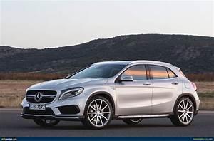 Mercedes 45 Amg : mercedes benz gla 45 amg revealed ~ Maxctalentgroup.com Avis de Voitures