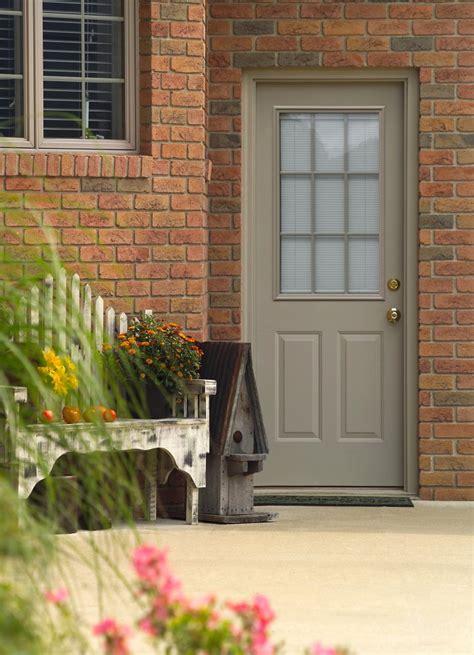 the debate between steel vs fiberglass exterior doors