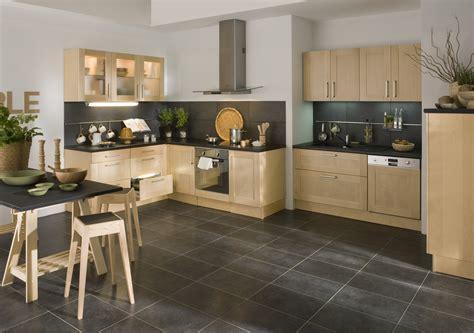 cuisine plan de travail noir cuisine avec plan de travail noir maison design bahbe com