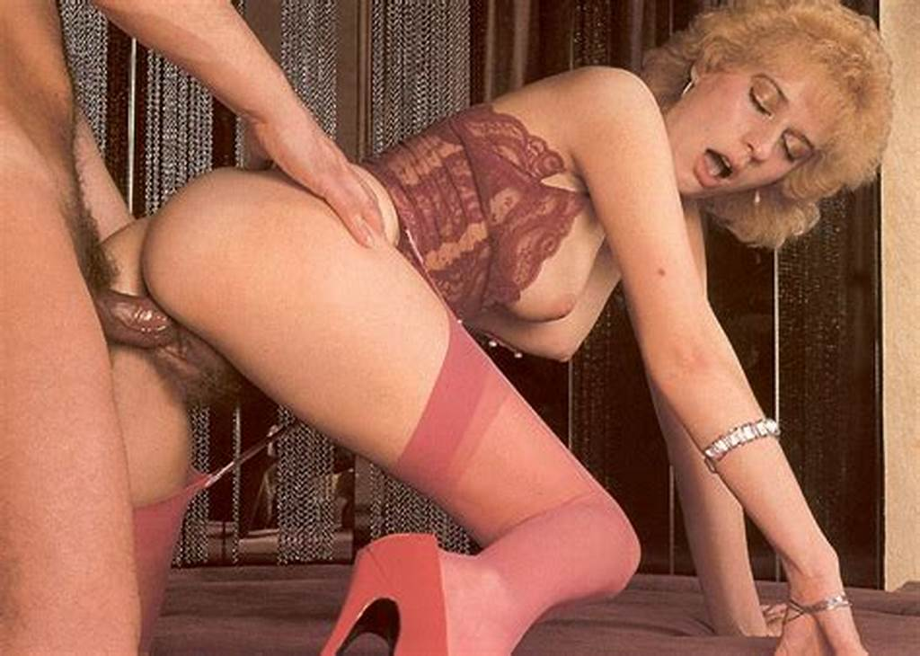 #Old #Blonde #Lady #Gets #Penetrated #Deep #And #Rough