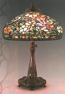 Tiffany peony border bronze floor lamp highlights heritage for Bronze floor lamp nz