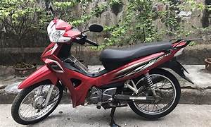 Honda Blade 110  Red  U0026 White