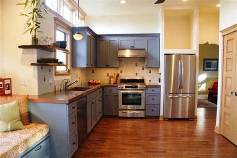 peinture bois cuisine peinture pour meuble de cuisine en bois deco maison moderne