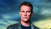 Safe House star Stephen Moyer on Anna Paquin: 'We changed ...