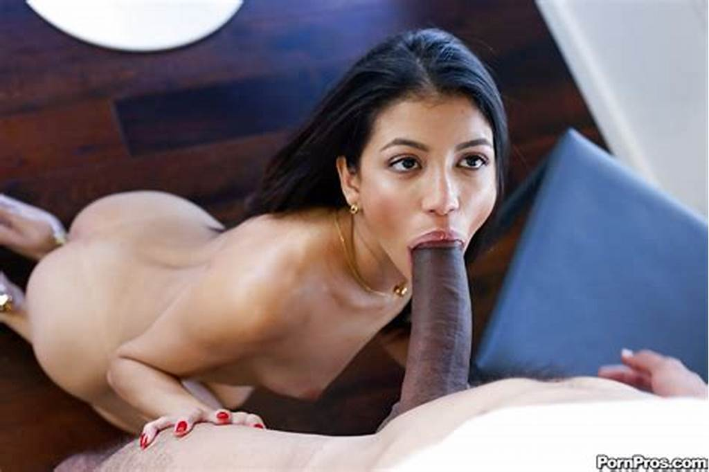 #Sexy #Latina #Gf #Veronica #Rodriguez #Giving #Bf #A #Blowjob #And