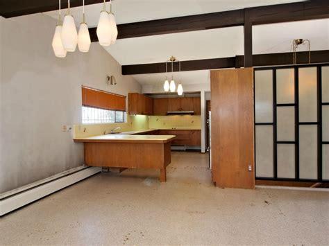 interior cozy mid century modern kitchen design with