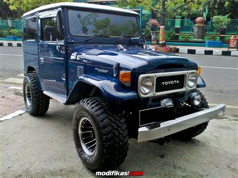 Modifikasi Toyota Land Cruiser by Dijual Toyota Landcruiser Fj 40 Hardtop Th 1981 Istimewa