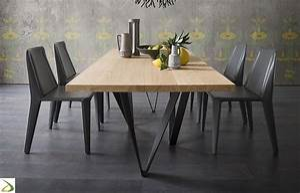 Tavolo con gambe effetto intreccio Intres Arredo Design