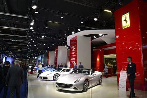 Showfloor Mega Gallery