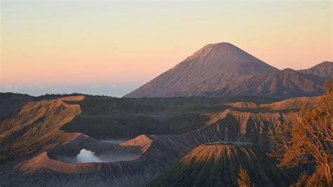 catat wisata gunung bromo  dibuka  agustus