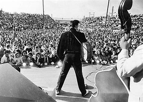 Digital Billboard Fairgrounds elvis presley     pop history dig 600 x 428 · jpeg