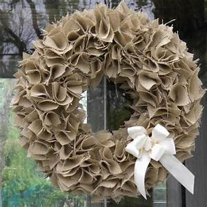 How to Make a Swatch Burlap Wreath (Video)