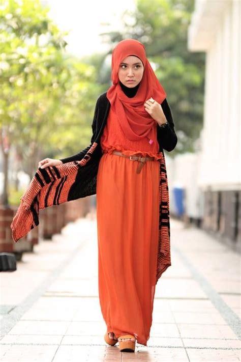Unique Orange Dress w/ Vest (orange and black) Simple Hijab | Hijab Fashion | Pinterest | Simple ...