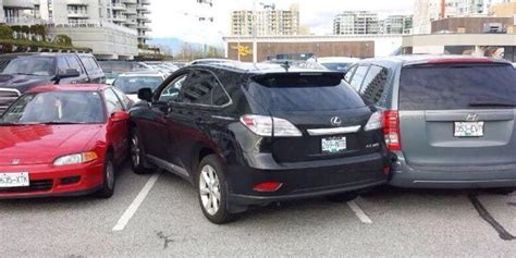 12 Epic Parking Fails. Aren't You Glad This Isn't Your Car