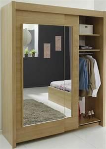 Armoire Murale Chambre : l 39 armoire avec porte coulissante pour la chambre a coucher ~ Melissatoandfro.com Idées de Décoration