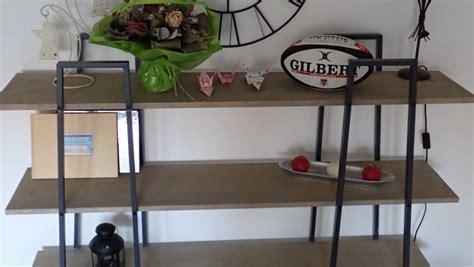 meuble cuisine pin fabriquer des étagères style industriel à partir d