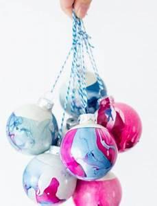 Marmor Effekt Spachtel : weihnachtskugeln mit marmor effekt weihnachtskugeln ~ Watch28wear.com Haus und Dekorationen