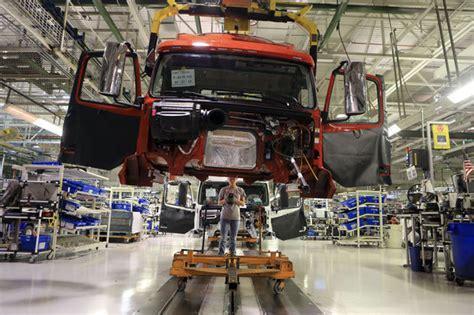 volvo truck manufacturing plants volvo trucks announces 500 layoffs at plant near