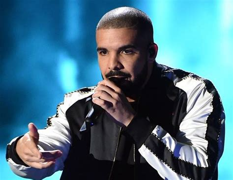 Why This Fan Theory About Drake And His Son's Name May