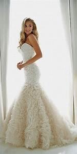 Ruffle wedding dresses wedding dressses and ruffles on for Wedding dress with ruffles on bottom