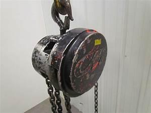 Cm Columbus Mckinnon 1 Ton Manual Chain Fall Hoist 8 U0026 39  Lift