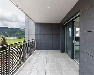 Bodenbelag Balkon Terrasse : bodenbelag terrasse simple terasse mit und schiefer black rustic als bodenbelag rechts ist eine ~ Sanjose-hotels-ca.com Haus und Dekorationen