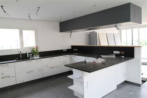 caisson hotte cuisine hotte de plafond problème d 39 aspiration