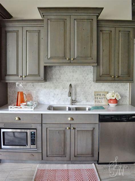 Marble Tile Kitchen Backsplash by Earth Tones Meet Trendy Honeycomb Sita Montgomery