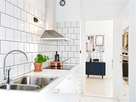 Subway Tiles Backsplash Ideas Kitchen - stunning home kitchen wall furniture design integrates captivating wooden kitchen pantry feat