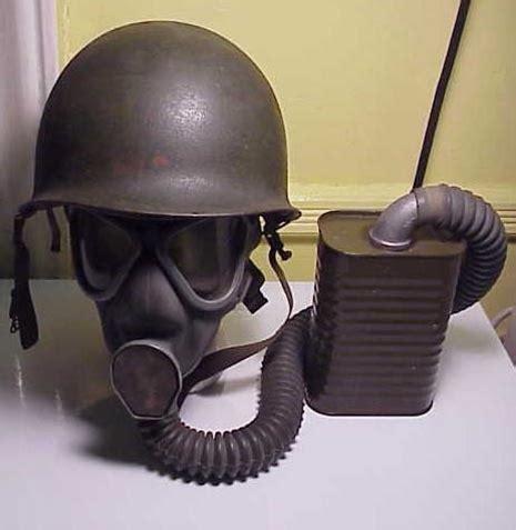 Original US ARMY WWII M1 Series Gas Mask