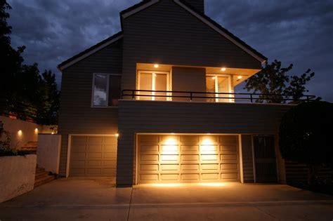 Garage Door Lights by Garage Door Lighting Lighting Distinctions