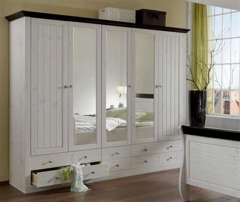 meuble armoire chambre meuble armoire chambre nous avons voulu aussi intgrer