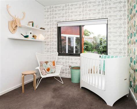 chambre b b papier peint décoration chambre bébé créative 35 idées en couleurs