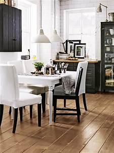Schwarz Weiß Kontrast : so wird der schwarz weiss look nat rlich ~ Frokenaadalensverden.com Haus und Dekorationen