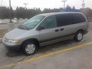 1997 Dodge Grand Caravan - Pictures