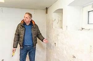 Salpeter In Der Wand : es muss nicht immer schimmel sein auch salzausbl hungen k nnen die bausubstanz angreifen ~ A.2002-acura-tl-radio.info Haus und Dekorationen