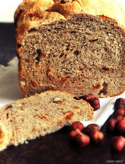 cuisine saine et bio recette bio complet aux noisettes et au raisin à la